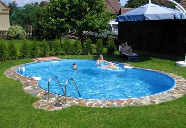La cosa più importante è che la piscina riesca ad integrarsi con l'ambiente circostante...