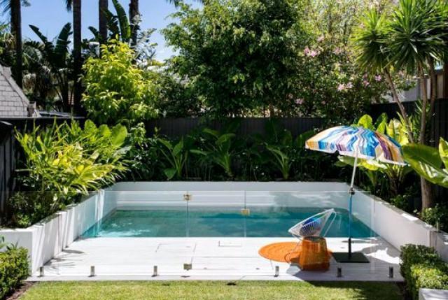 Le dimensioni considerate ideali per una piscina privata sono di 5×10 o, meglio ancora, 6×12