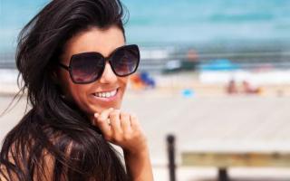 Sicilia, estate, mare e occhiali da sole…
