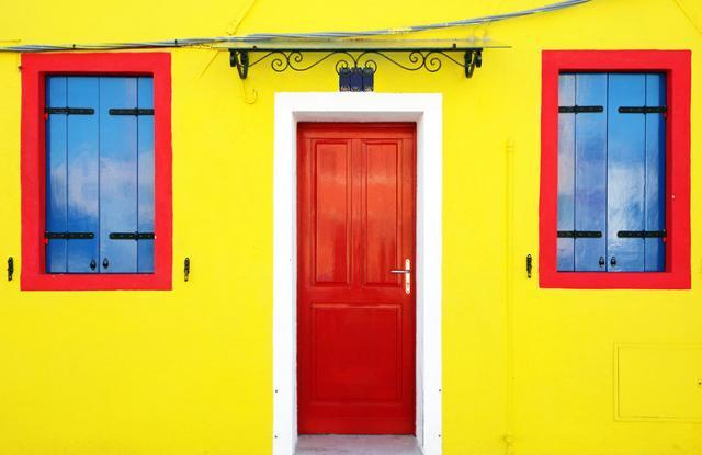 La Sicilia sogna il giallo per le sue città