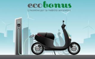 Potete richiedere l'Ecobonus per moto e scooter elettrici o ibridi...