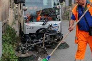 A Palermo le spazzatrici spazzeranno di notte: la mappa deI divieti di sosta