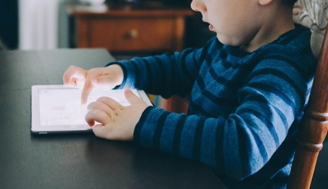 La pandemia ha dato una evidente spinta verso l'uso della tecnologia e dopo il rodaggio della didattica a distanza durante il lockdown, l'interesse per i tablet è in aumento...