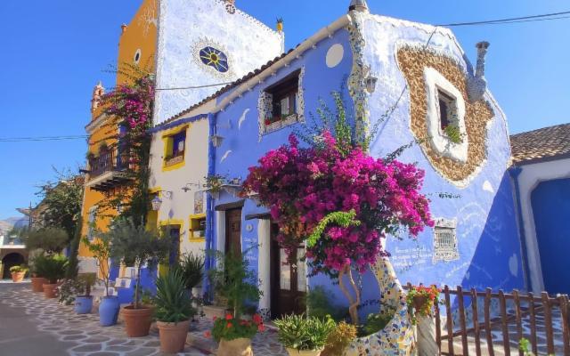 Alla scoperta del favoloso Borgo Parrini