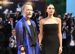 Thom Yorke e Dajana Roncione domani sposi, a Bagheria