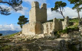 Visita al geosito Rocca di Sciara e le rovine di Terravecchia