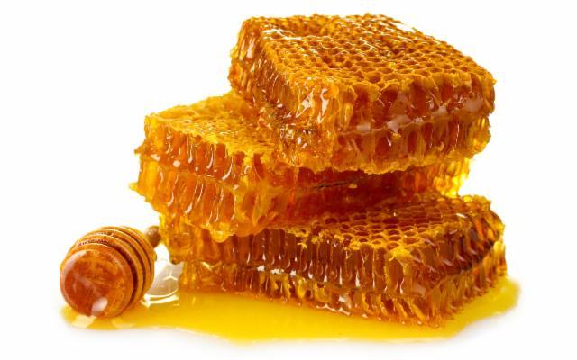 Se il miele è meglio degli antibiotici, la Sicilia è la migliore ''farmacia naturale''