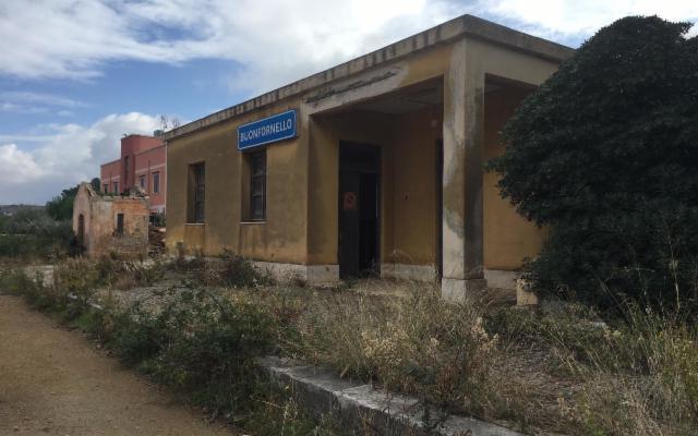 La Regione Siciliana ha acquistato l'ex stazione di Buonfornello
