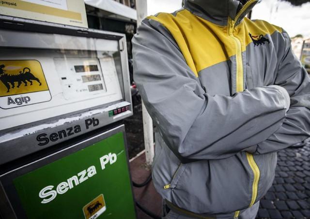 Sciopero dei benzinai fino al 17 dicembre