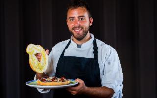 Lo chef (privato) siciliano che delizia i palati dei vip