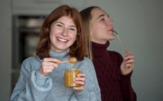 I giovani italiani hanno (ri)scoperto il miele e lo adorano!