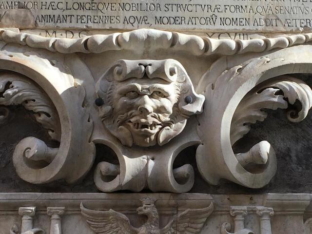 A Palermo torna a ''sorridere'' il Mascherone della Vucciria