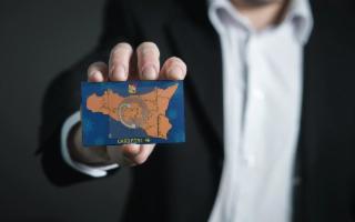 Dalla Sicilia arriva CARDforLIFE, un ''pass'' per la normalità