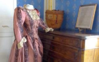 ''Seta e Merletti'', mostra di antichi abiti femminili