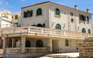 La protesta dei cittadini di Scicli contro il ''cemento'' vicino la casa di Montalbano