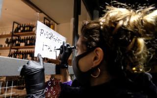 """""""Risorgiamo Italia"""": cento scatti per raccontare la pandemia"""