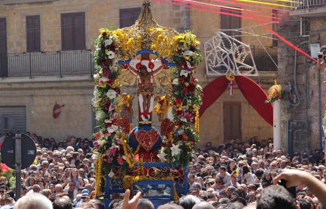 """""""Festa del SS.mo Crocifisso dell'Olmo - 'U Signuri di Maju"""" di Mazzarino (CL)"""