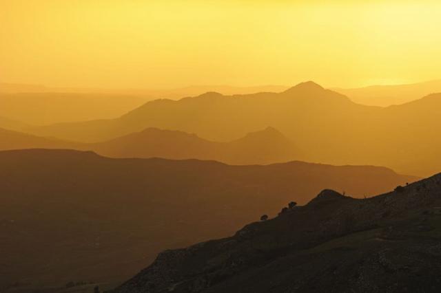 I Monti Sicani al tramonto