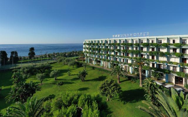 Estate in famiglia all'UNAHOTELS Naxos Beach Sicilia