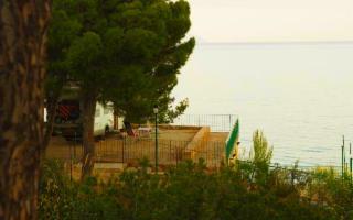 Vacanze sostenibili in un camping green tra le Madonie e Cefalù