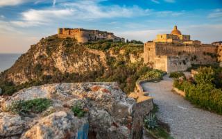 Le leggende del Castello di Milazzo, tra amori tragici e misteriose curiosità