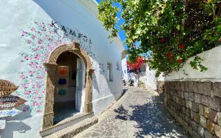 Kampos inaugura una nuova boutique a Panarea