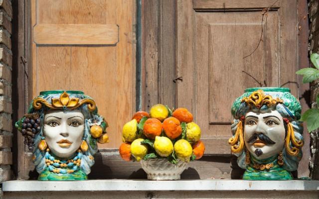 In Sicilia, l'artigianato della terra