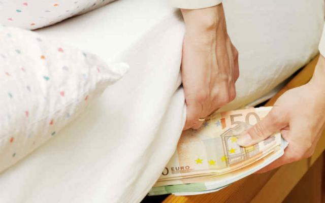 Soldi sotto il materasso? I siciliani rispondono: ''No grazie!''